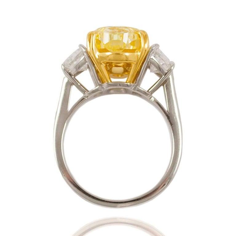 Women's or Men's 10.03 Carat GIA Certified J. Birnbach Fancy Yellow Oval Diamond Ring For Sale