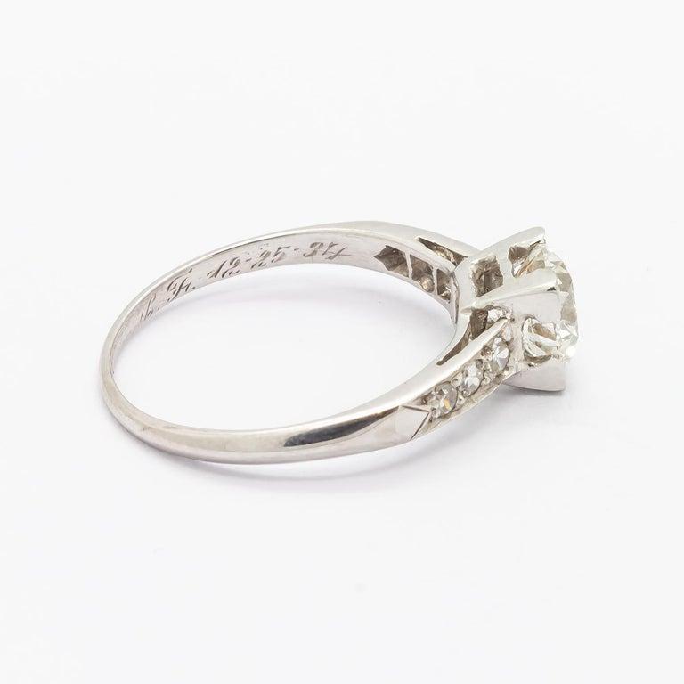 Women's 1.01 Carat Brilliant Cut Diamond Platinum Ring For Sale