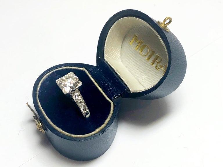 1.01 Carat Brilliant Cut Diamond Platinum Ring For Sale 3