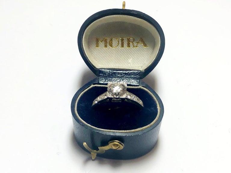 1.01 Carat Brilliant Cut Diamond Platinum Ring For Sale 4