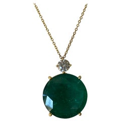 1.01 Carat Diamond and 29.31 Carat Emerald Pendant / Chain Necklace