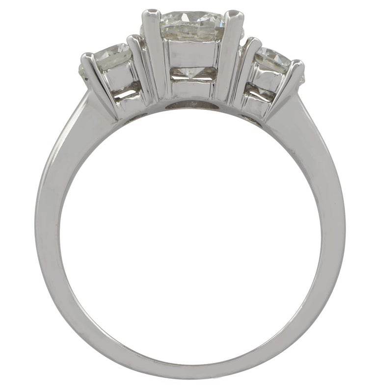 Round Cut 1.01 Carat Diamond Engagement Three-Stone Platinum Ring For Sale