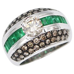 1.01 Carat Light Brown Diamond Emerald Baguette Brown Diamond 18 Karat Gold Ring