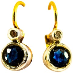 1.02 Carat Blue Sapphire White Diamond Yellow Gold Lever-Back Dangle Earrings