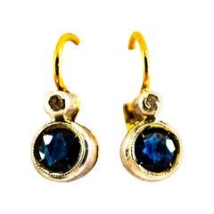 1.02 Carat Blue Sapphire White Diamond Yellow Gold Lever-Back Dangle Earrings