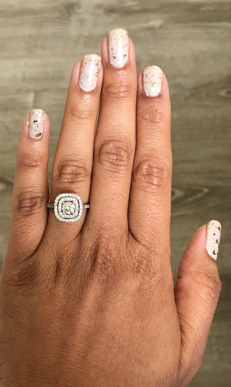 1.02 Carat Diamond Engagement Ring 14 Karat White Gold In New Condition For Sale In Los Angeles, CA