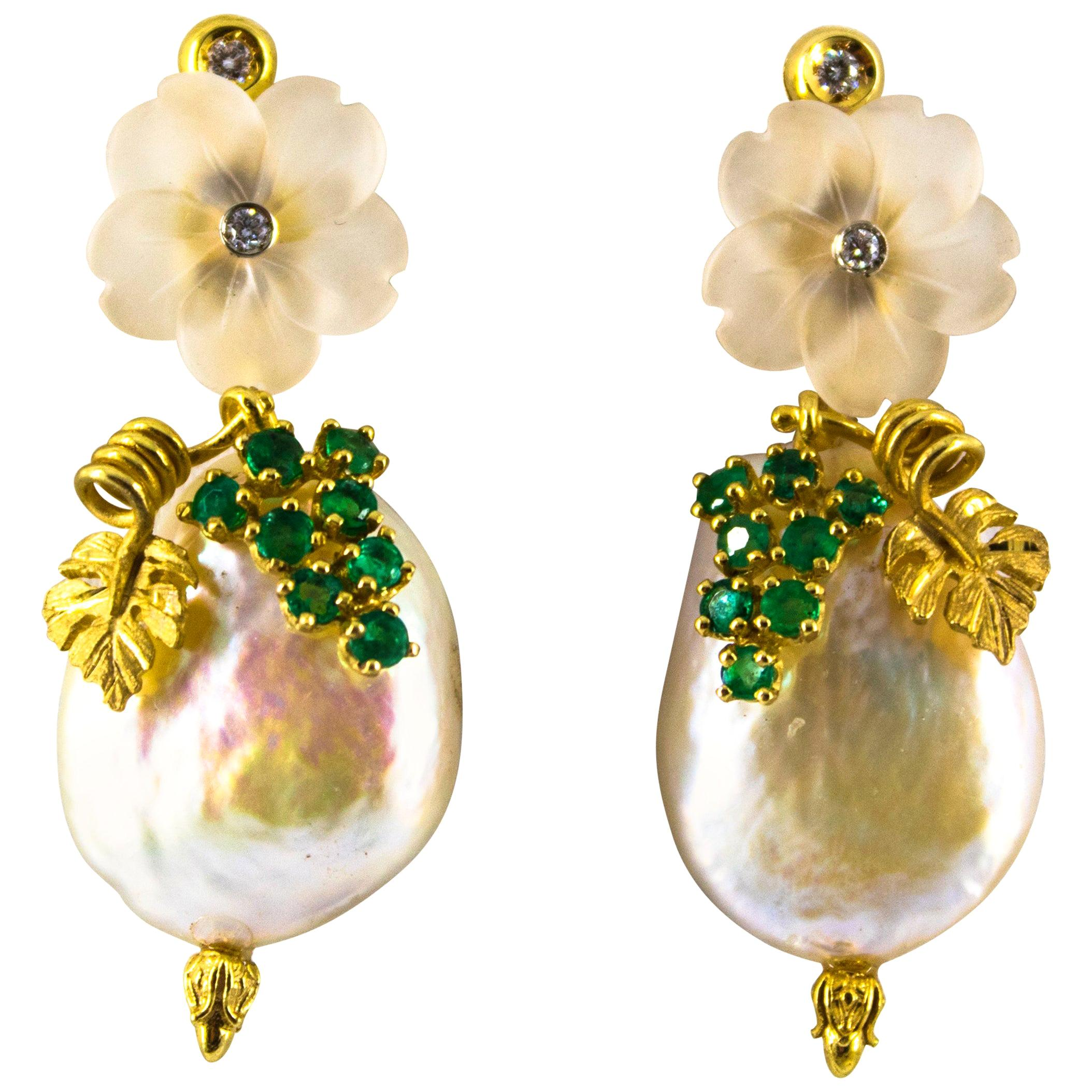 1.02 Carat Emerald White Diamond Rock Crystal Pearl Yellow Gold Stud Earrings