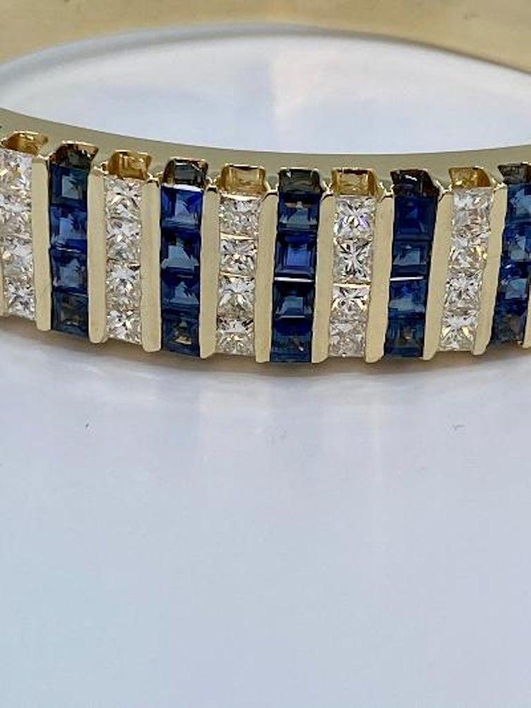 10.20 Carat Princess Cut Diamond and Sapphire Yellow Gold Bangle Bracelet For Sale 1