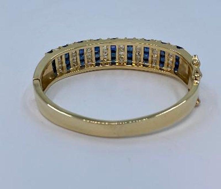 10.20 Carat Princess Cut Diamond and Sapphire Yellow Gold Bangle Bracelet For Sale 2