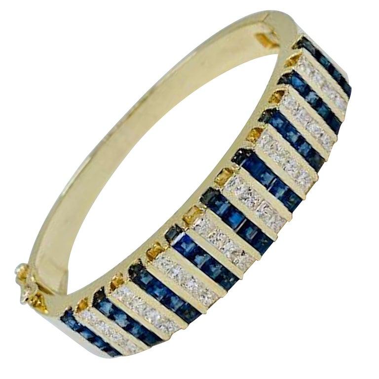 10.20 Carat Princess Cut Diamond and Sapphire Yellow Gold Bangle Bracelet For Sale