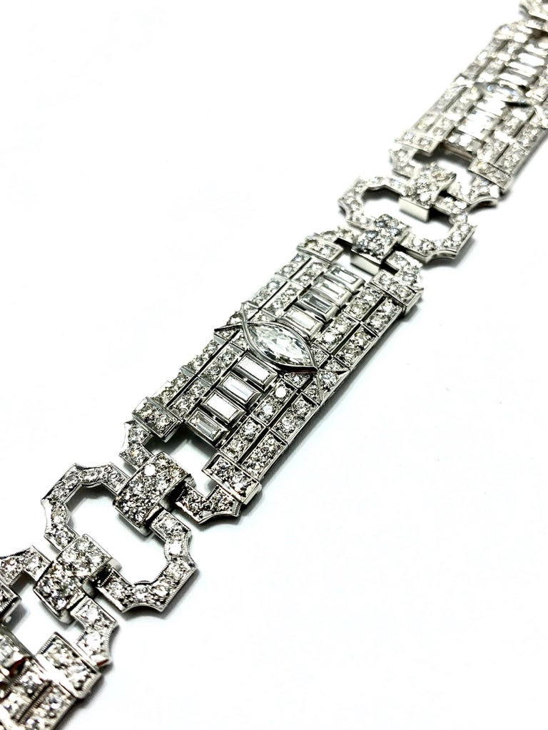 Marquise Cut 10.25 Carat Art Deco Diamond and Platinum Bracelet For Sale
