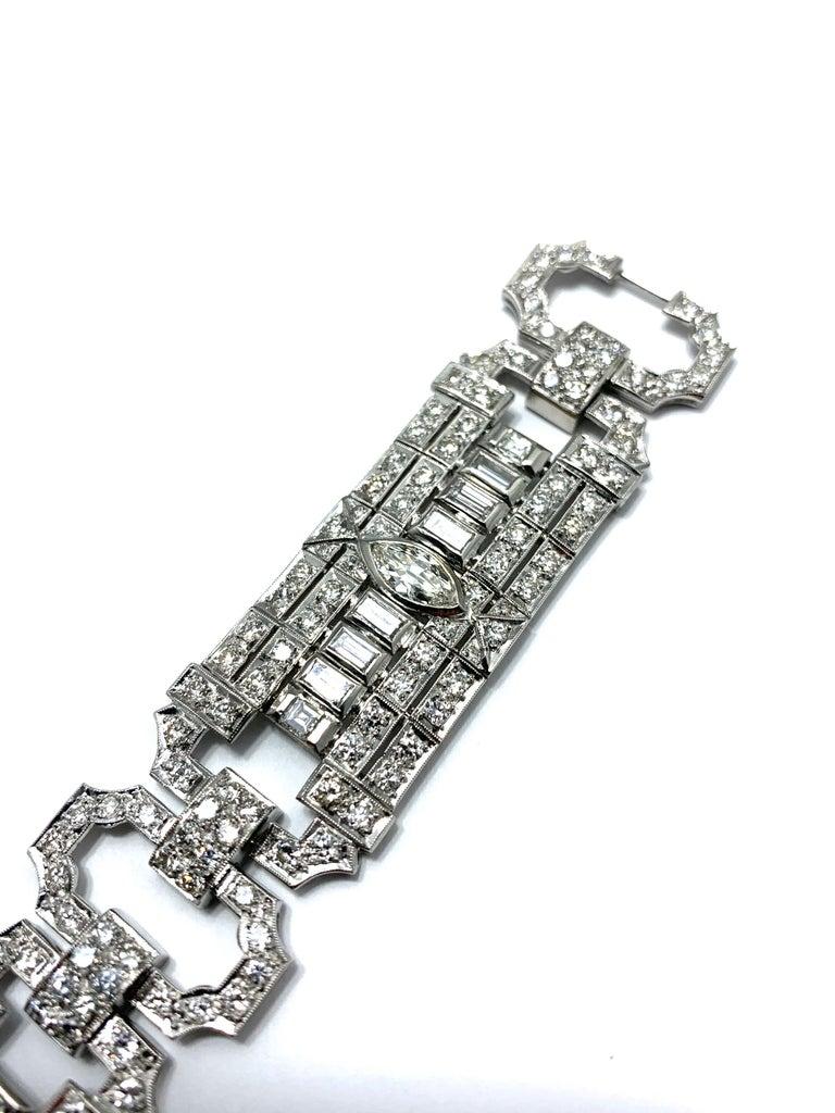 10.25 Carat Art Deco Style Diamond and Platinum Bracelet In Excellent Condition For Sale In Washington, DC