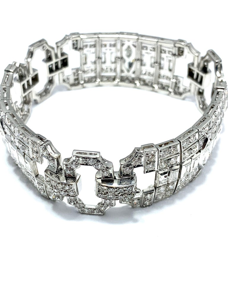 10.25 Carat Art Deco Style Diamond and Platinum Bracelet For Sale 1