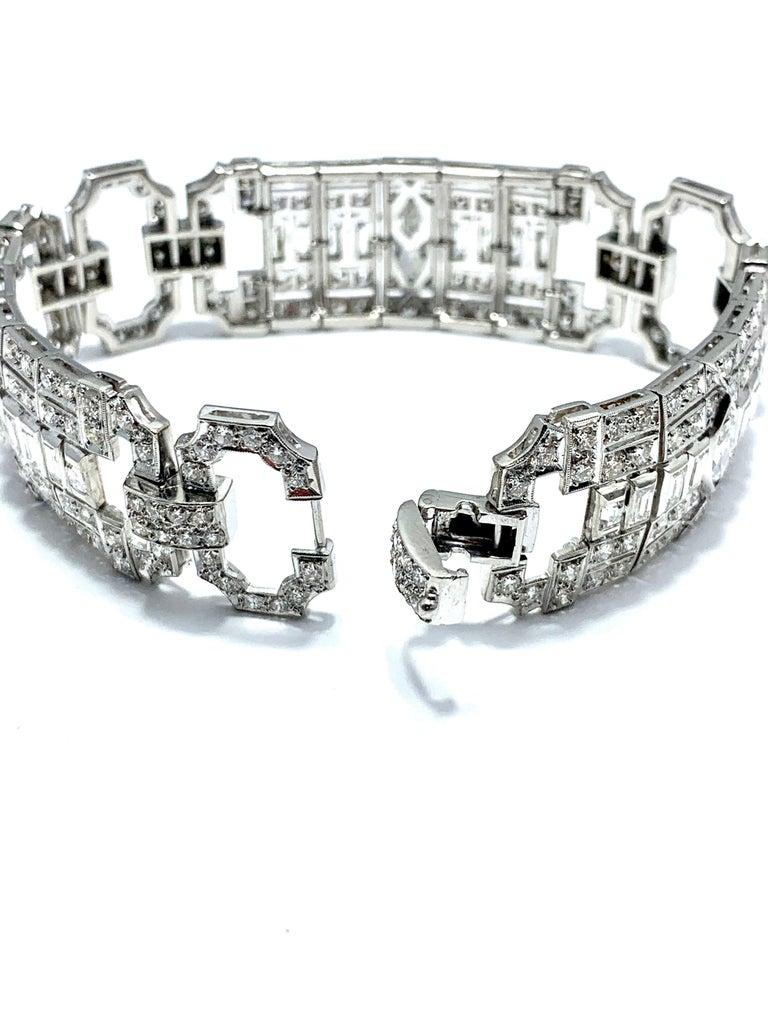 10.25 Carat Art Deco Style Diamond and Platinum Bracelet For Sale 3