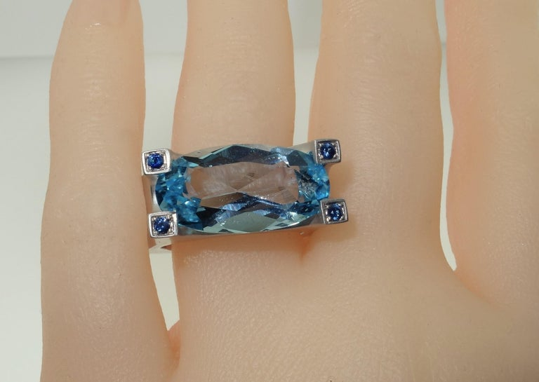 Mixed Cut 10.30 Carat Sky Blue Topaz and Sapphire Statement Ring Estate Fine Jewelry For Sale