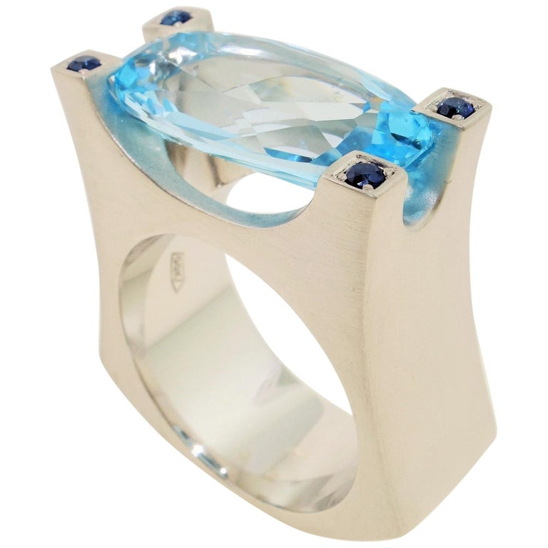 10.30 Carat Sky Blue Topaz and Sapphire Statement Ring Estate Fine Jewelry For Sale