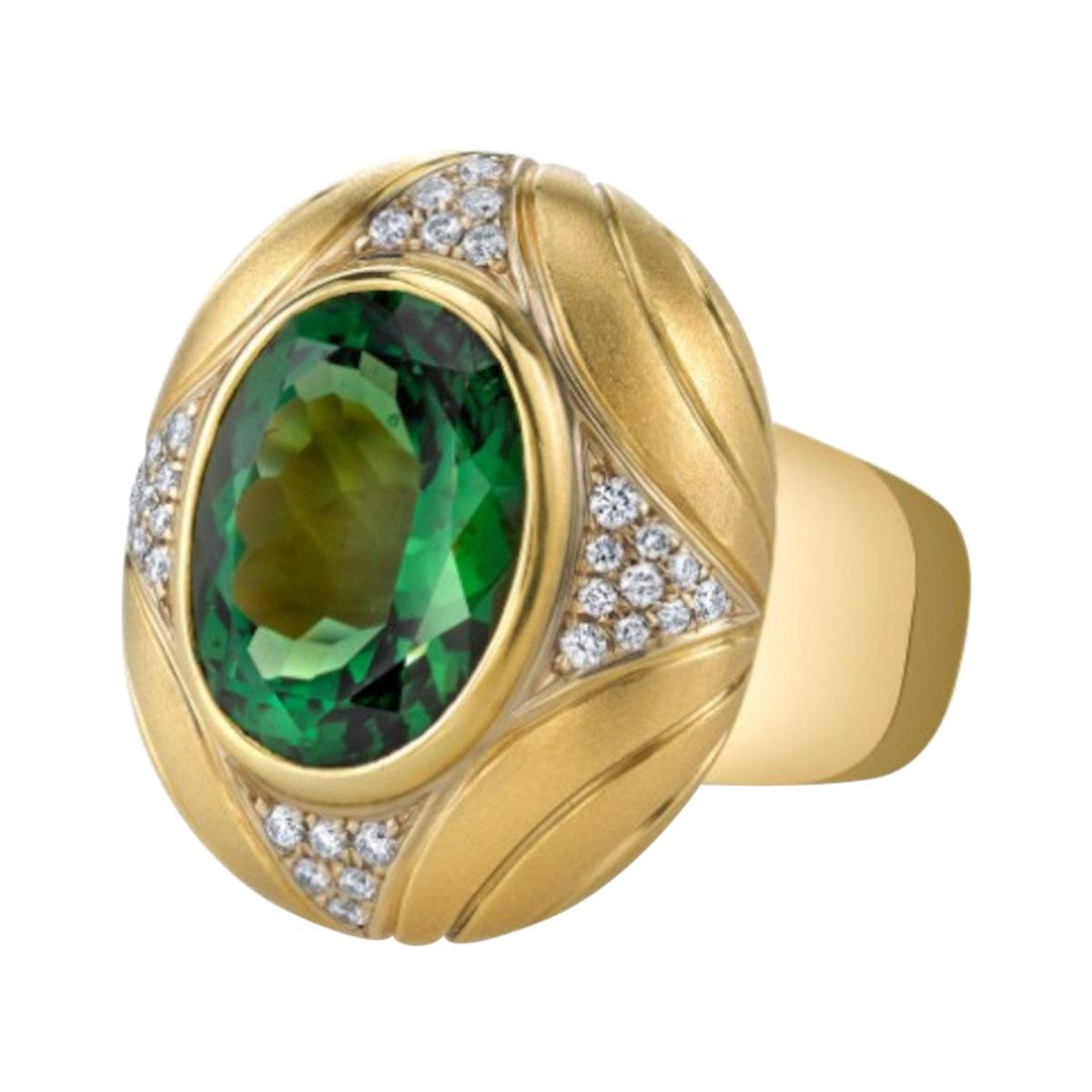 10.31 Carat Green Tourmaline and Diamond Yellow Gold Engraved Dome Ring
