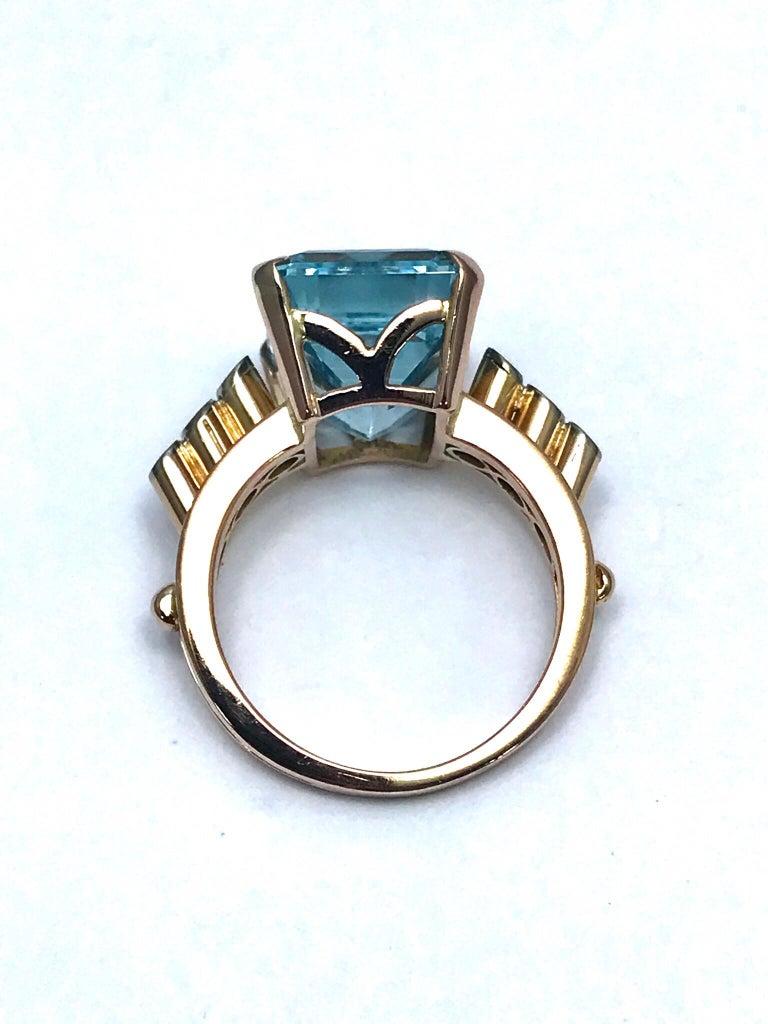 10.46 Carat Emerald Cut Aquamarine and Round Diamond Rose Gold Retro Ring 3