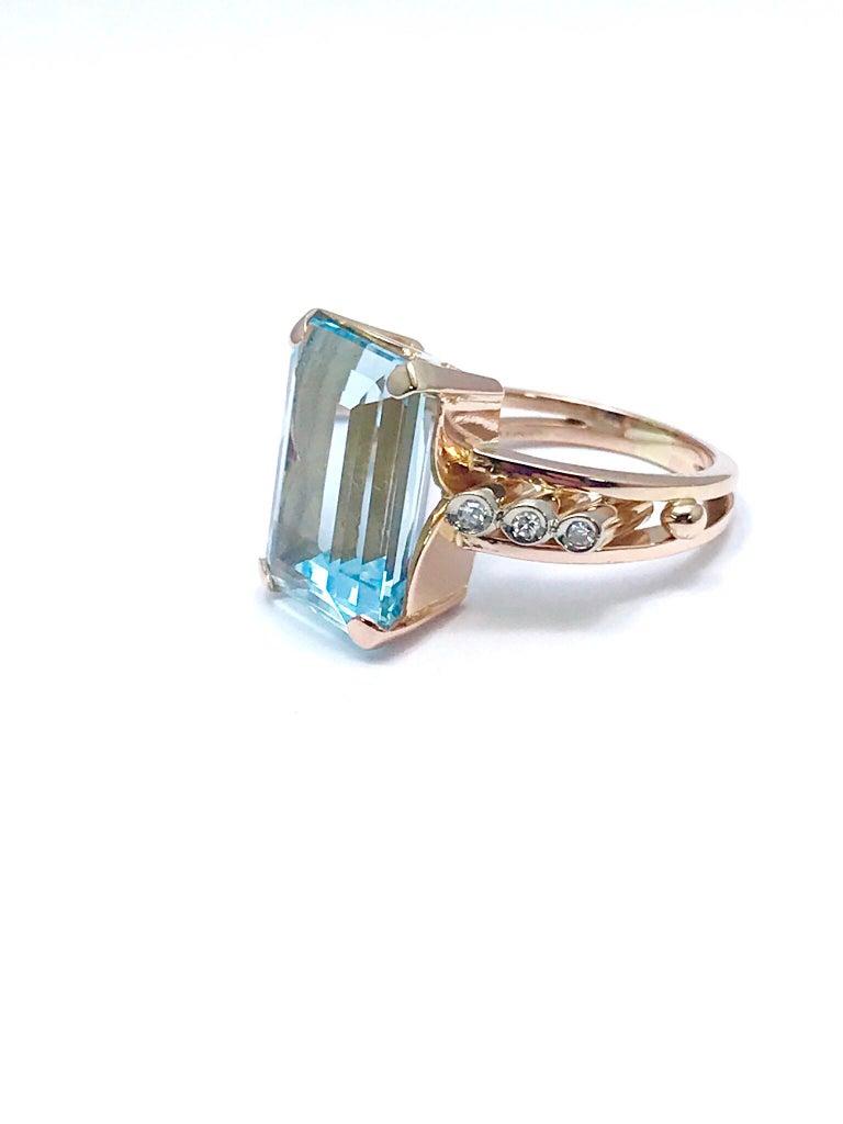 10.46 Carat Emerald Cut Aquamarine and Round Diamond Rose Gold Retro Ring 7