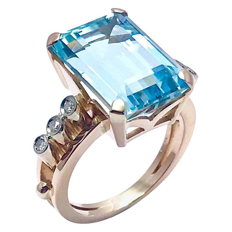 10.46 Carat Emerald Cut Aquamarine and Round Diamond Rose Gold Retro Ring 1