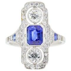 1.05 Carat Ceylon Sapphire and Diamond Platinum Ring
