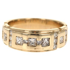 1.05 Carat Princess Round Cut Men's Wedding Band 14 Karat Yellow Gold