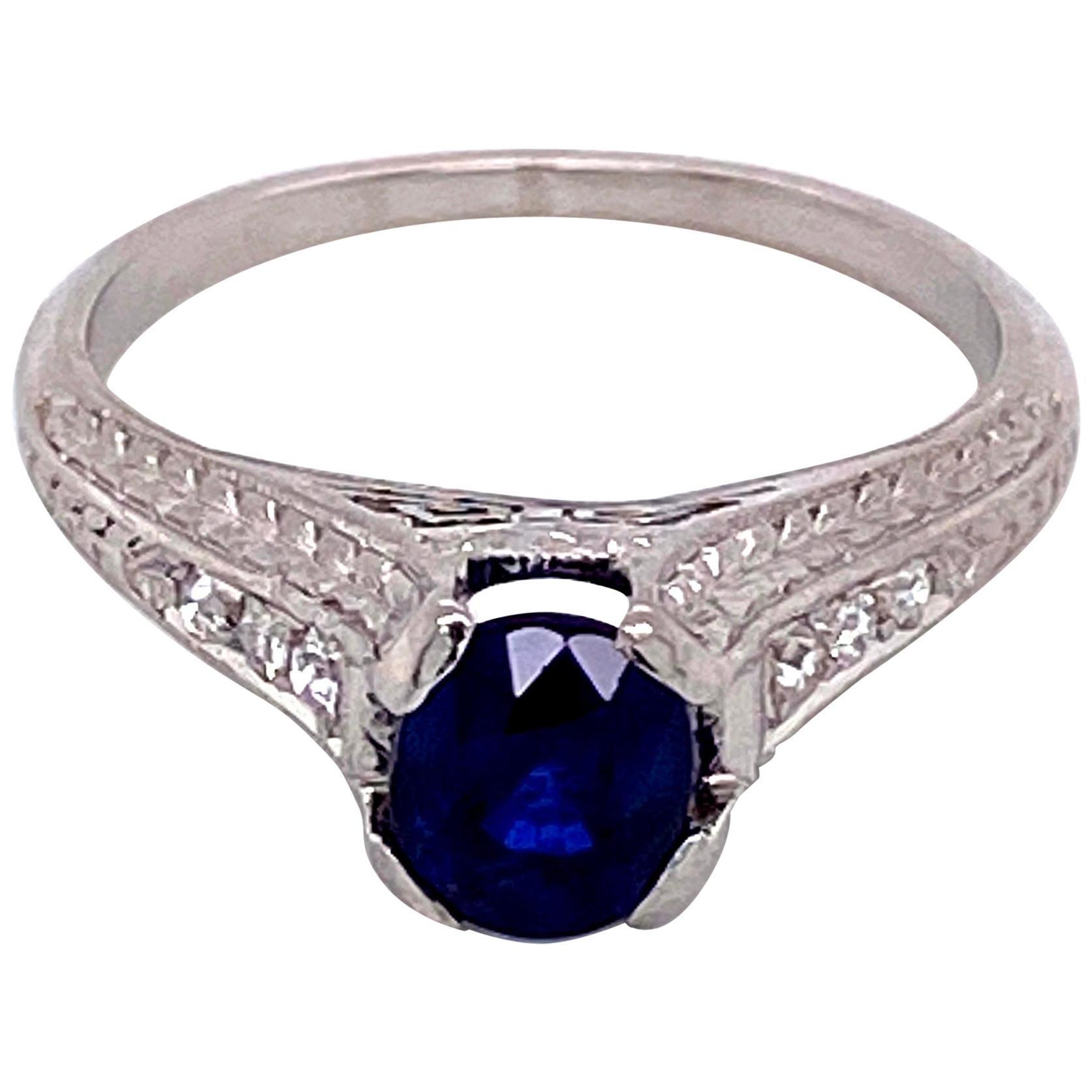1.05 Carat Sapphire and Diamond Platinum Art Deco Style Ring Fine Estate Jewelry