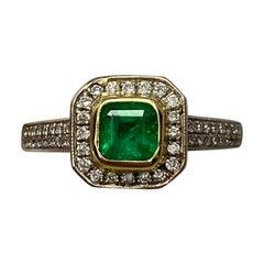 1.05 Carat Vivid Green Colombian Emerald Diamond Art Deco Style 18K Gold Ring