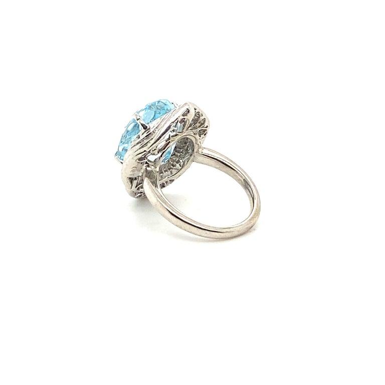 10.50 Carat Aquamarine with 1.50 Carats of Diamonds 2