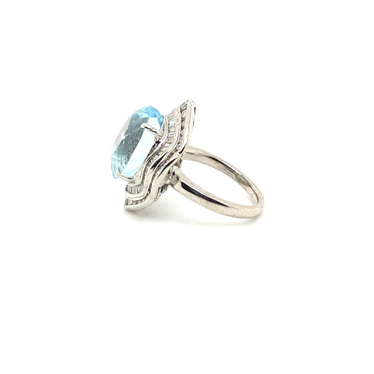 10.50 Carat Aquamarine with 1.50 Carats of Diamonds 3