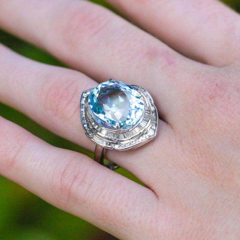 10.50 Carat Aquamarine with 1.50 Carats of Diamonds 4