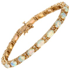 10.50 Carat Opal Diamond Bracelet Vintage 14 Karat Gold Pear Cut Fine Jewelry