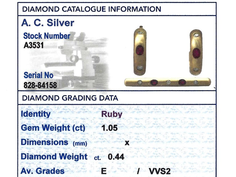 1.05Ct Ruby & Diamond 18k Yellow Gold Earring & Brooch Set - Vintage For Sale 7