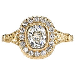 1.06 Carat Cushion Cut Diamond Set in a Handcrafted 18 Karat Yellow Gold Ring