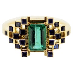 1.06 Carat Natural Emerald and Sapphire Contemporary Engagement Ring