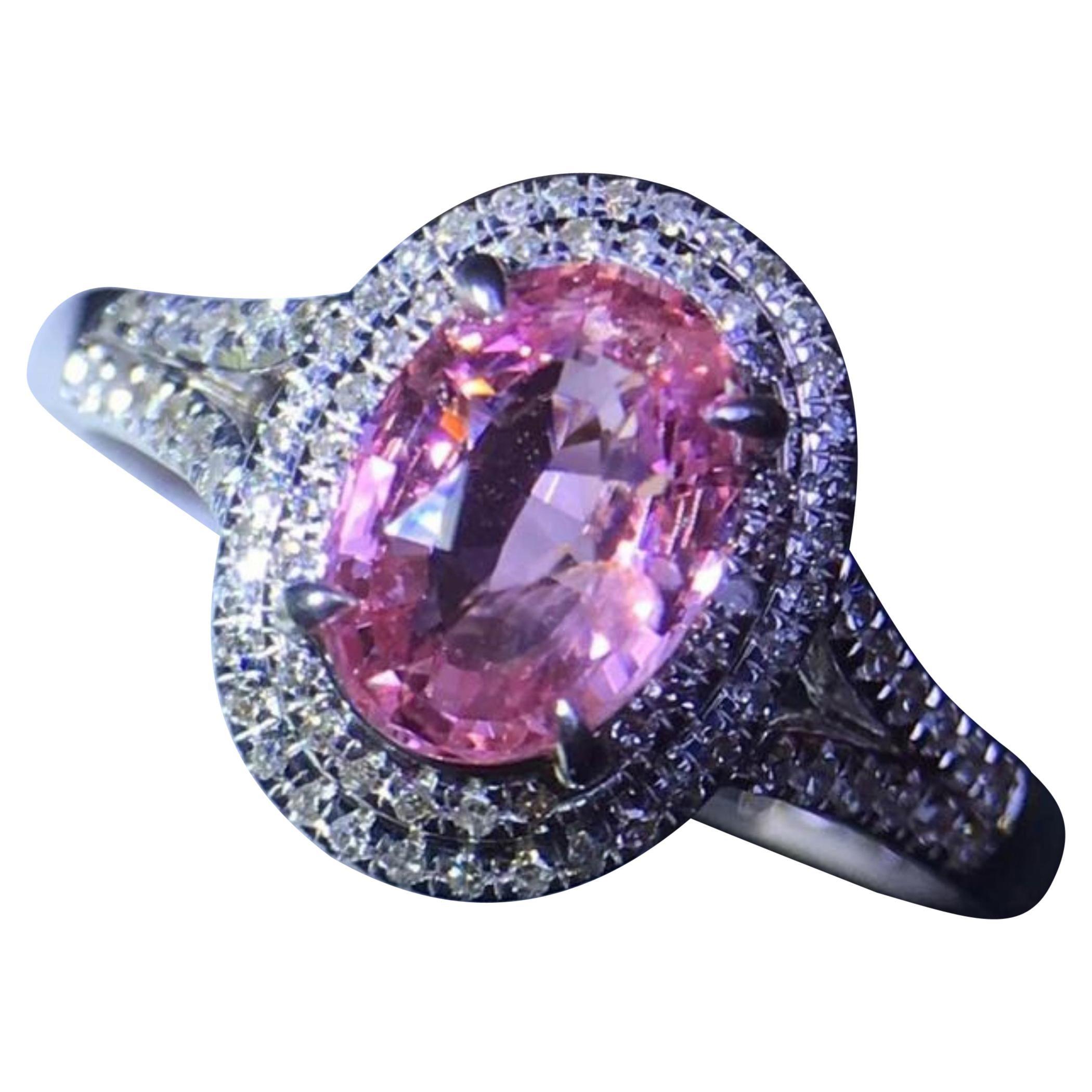 1.06 Carat Pink Padparadscha Sapphire Diamond Ring 18 Karat Gold