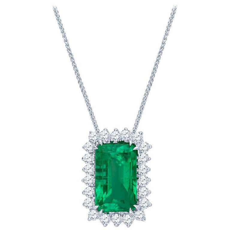10.60 Carat Total Emerald Cut Colombian Emerald and 1.50 Carat Diamonds, Pendant For Sale