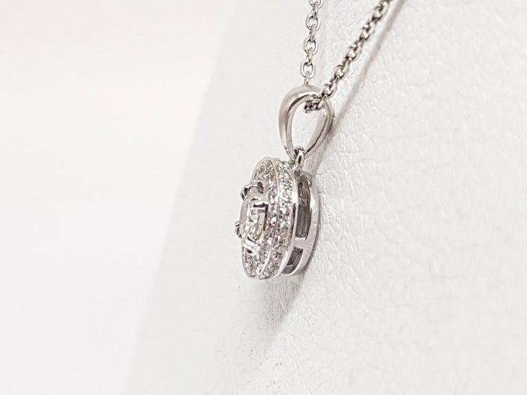 Women's 1.07 Carat White Gold Necklace Diamond Halo Solitaire Pendant For Sale