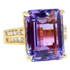 10.70 Carat Natural Emerald Cut Amethyst Diamonds Ring 14 Karat Gold
