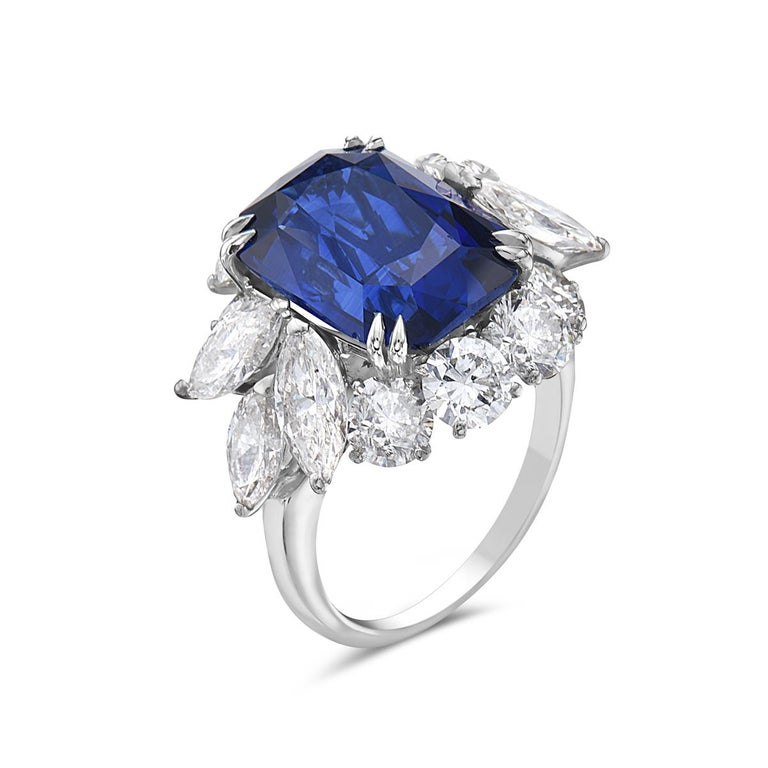 10.73 Carat Royal Blue Sapphire and Diamond Cocktail Ring In New Condition For Sale In New York, NY