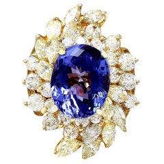 10.73 Carat Tanzanite 18 Karat Solid Yellow Gold Diamond Ring