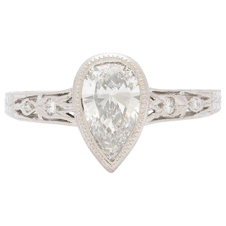 1.08 Carat Pear Shape Diamond Platinum Ring For Sale