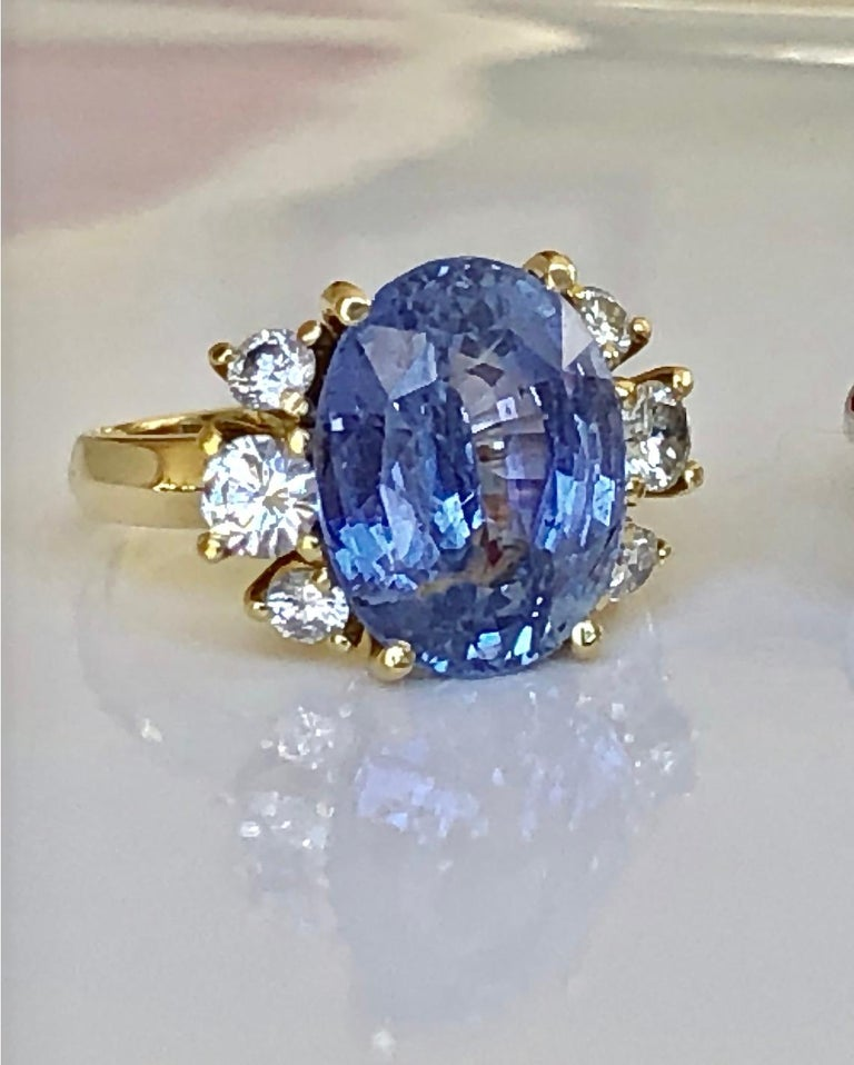 Contemporary 10.80 Carat Certified Untreated Blue Sapphire Diamond Ring 18K  For Sale