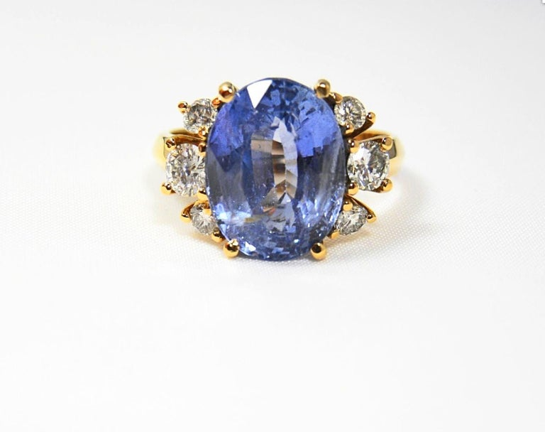 10.80 Carat Certified Untreated Blue Sapphire Diamond Ring 18K  For Sale 4