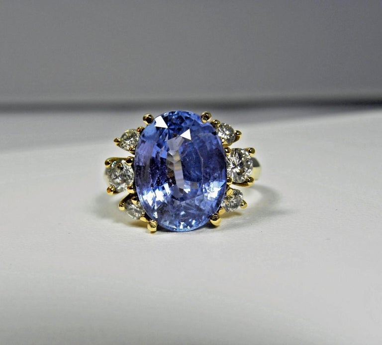 10.80 Carat Certified Untreated Blue Sapphire Diamond Ring 18K  For Sale 3