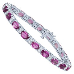 10.80 Carat Total Oval Pink Sapphires and 0.95 Carat Total Diamond Bracelet