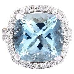 10.88 Carat Natural Aquamarine 18 Karat Solid White Gold Diamond Ring