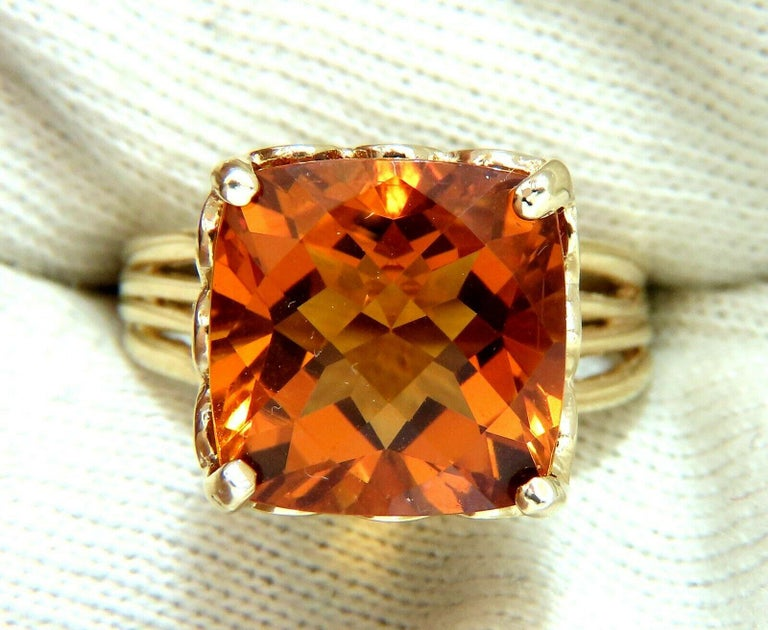 10 Carat Natural Golden Yellow Citrine Ring 14 Karat Vintage In New Condition For Sale In New York, NY