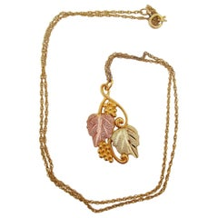 10K Yellow Rose and Green Gold Grape Leaf and Tendril Necklace