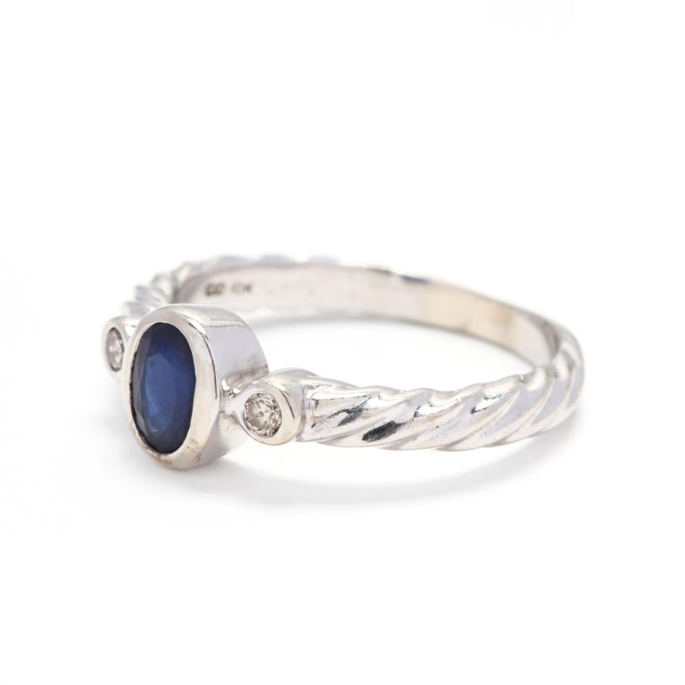 10 Karat White Gold Sapphire and Diamond Ring In Good Condition For Sale In McLeansville, NC